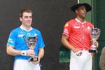 Sur le podium, les finalistes du championnat Elite Pro 2013 reçoivent leurs récompenses. A droite, Agusti Waltary pelotari cubain évoluant en France, a remporté six titres consécutifs de champion de France Elite Pro.